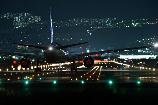 飛行機 滑走路 飛行場 フライト